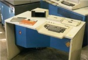 maquina IBM 3742